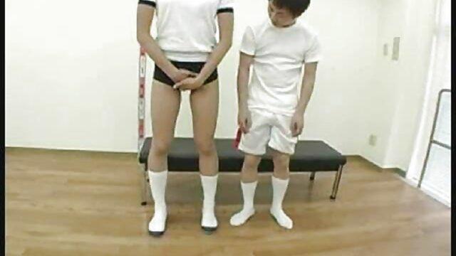 آبلیا همچنین پخش فیلم کوتاه سکسی دارای یک ظرف خالی از کره